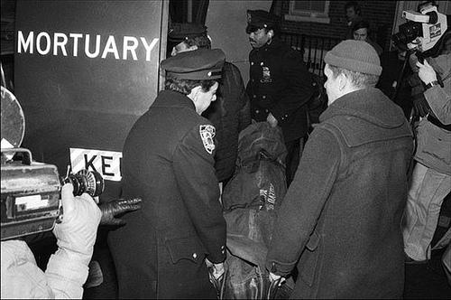 Nancy Spungeon Amp Sid Vicious Crime Scene Photos Warning