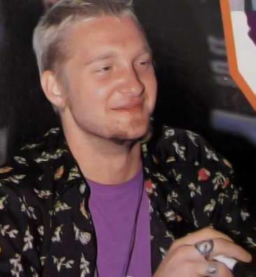 Layne Staley Missing Alice S Chains The Power Of Grunge